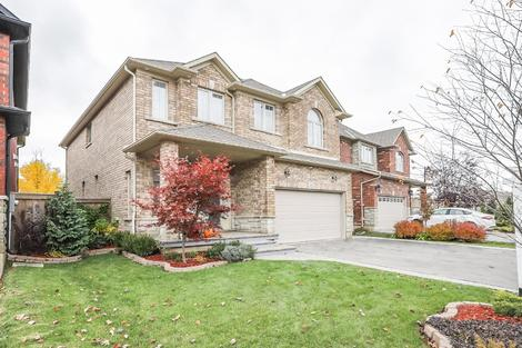12 Garinger Crescent virtual tour image