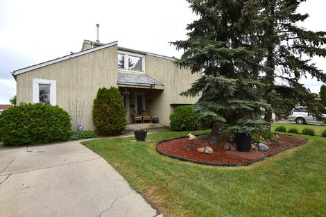 11528 141 Ave. NW virtual tour image
