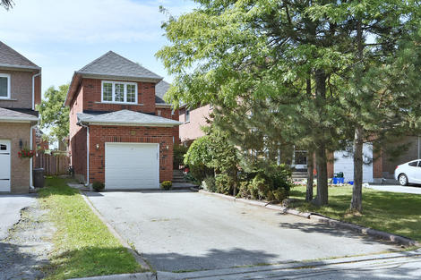 34 Broomlans Drive virtual tour image