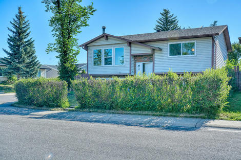 47 Whitefield Close NE virtual tour image